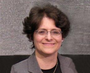 Andrea Cummis